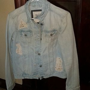 Ambercrombie & Fitch Jean jacket